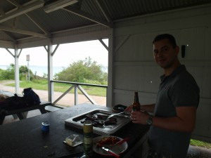 Barbecue is gewoon barbecue in het Nederlands en in het Engels :D
